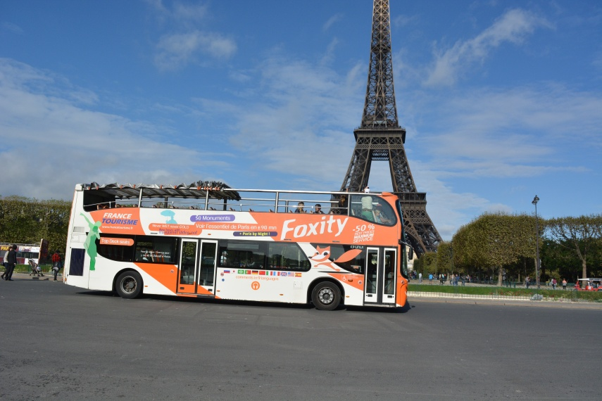 Day Tour Bus in Paris