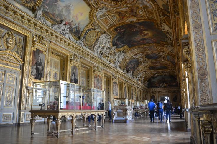 Scenic grandeur in Louvre Museum